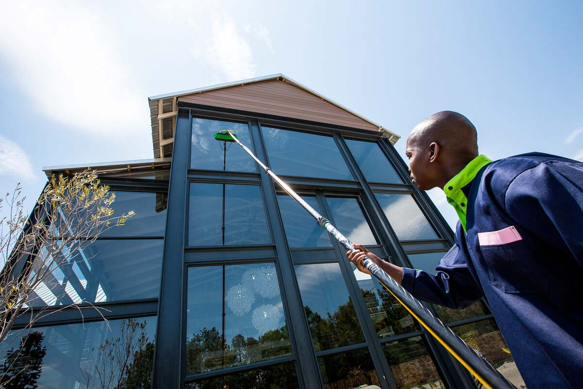 B2S Specialist Singapore Facade Cleaning Services